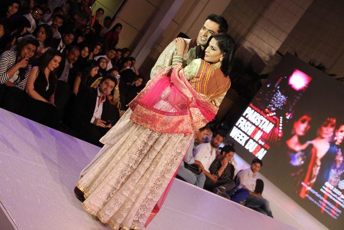 Veena Malik shines at Pakistan Fashion Week Dubai