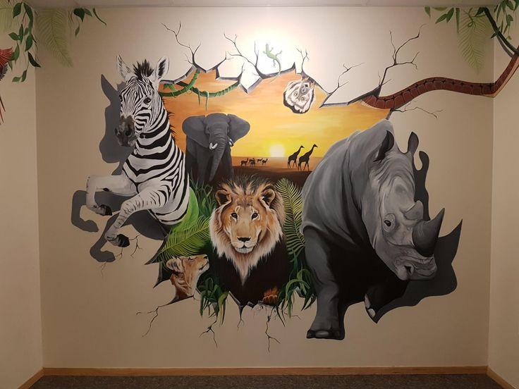 #mural#wall#paint#wild#jungle#africa#animals#monkey#snake#parrot#rhino#lion#cub#zebra#elephant#giraffe#geko