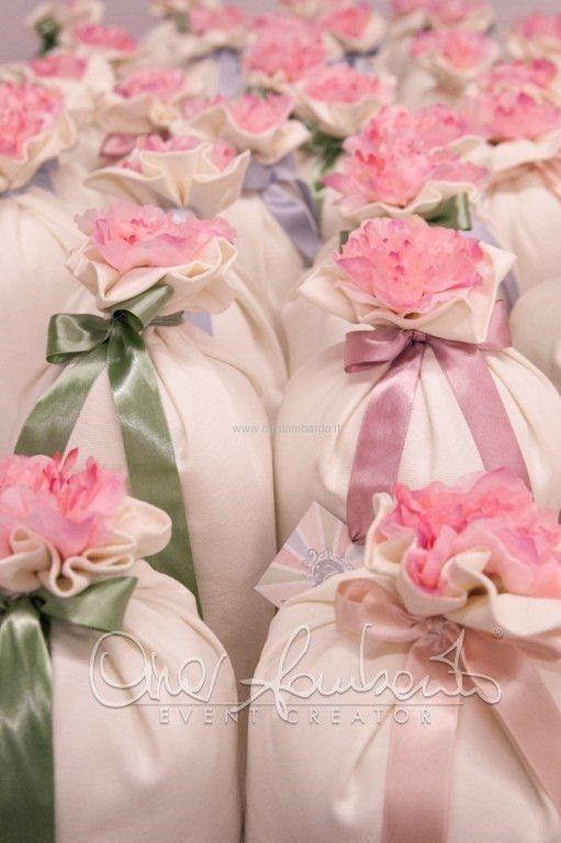 Come personalizzare la consegna del cadeau de mariage e renderlo un momento unico e indimenticabile.