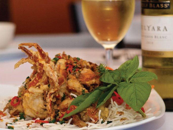 Asian Cuisine – Fresh, Light & Traditional. L'il Buddha is an award winning family friendly restaurant with a beautiful ambient setting. The chef has over 35yrs experience, serving the highest quality dishes using top quality Asian produce. Salamander Bay, Port Stephens.