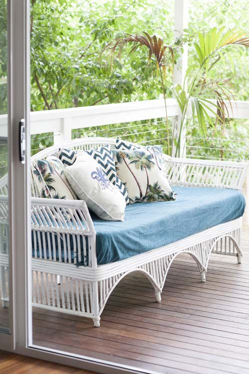 Perfect coastal verandah | My Island Home | At home with Tania and Steve | Owner of blog Scandi Coast Home | Home Ideas magazine