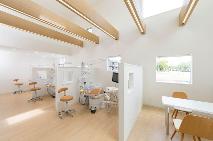 Image 11 of 23 from gallery of Yokoi Dental Clinic / iks design + msd-office. Photograph by Keisuke Nakagami