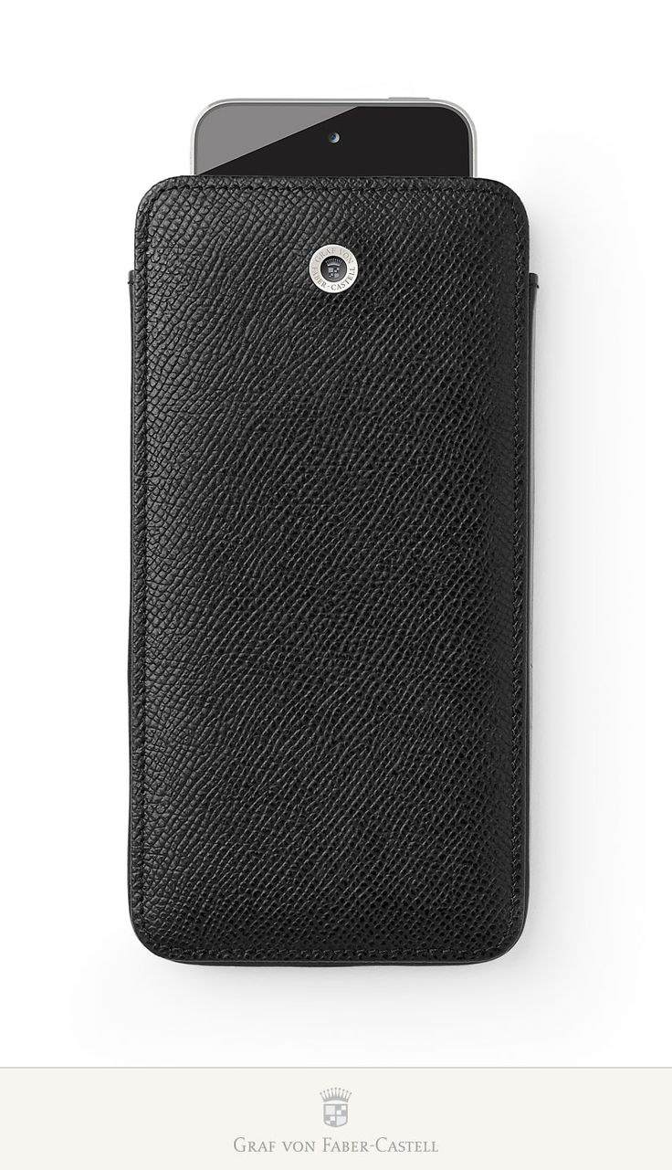 This practical case protects the device with a padded inner lining. It is designed with a quick access strap. The back holds additional space for a credit card –especially practical for men who don't always like to carry a wallet around with them. These models are also available in black and cognac. #iPhone6 #iPhone6Plus #leather #smoothmetalsurface #retinaHDdisplay #apple #accessoires