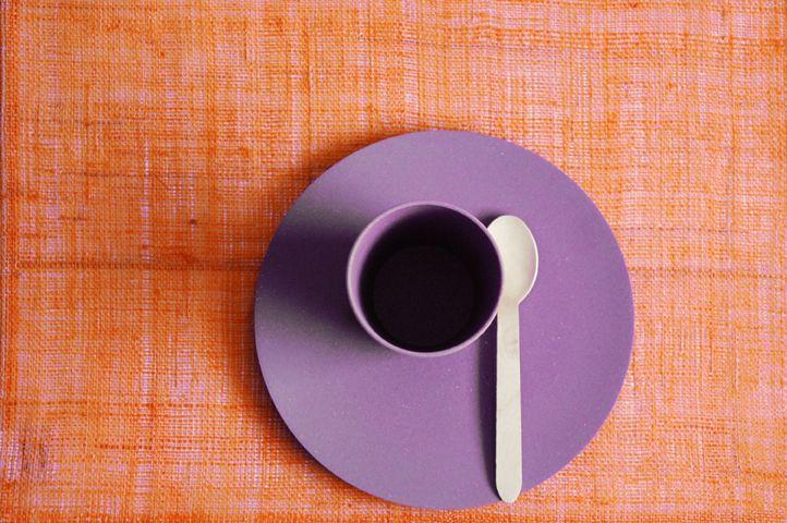 Tableware   biodegradable   fig violet  #zuperzozial #biodegradable #capventure #dutchdesign #product #tableware #smallbiteplate