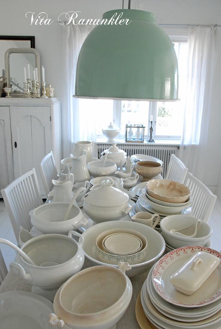 Witte Ranunkler  Mooi wit serviesgoed heerlijk om te zien