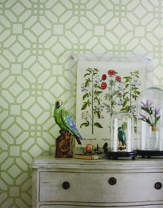 Veranda Trellis Wallpaper A printed wallpaper with a classic geometric design in gold on cream.
