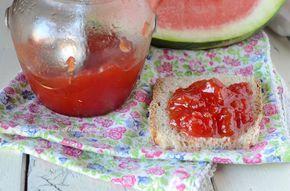 Marmellata di anguria.E' semplicissima da preparare e davvero ottima