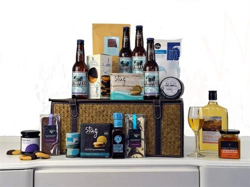Luxury Scottish Artisan Hamper - Highland Fayre Artisan Hampers: Find out more at: http://scripts.affiliatefuture.com/AFClick.asp?affiliateID=327716&merchantID=4675&programmeID=12149&mediaID=0&tracking=&url= #Food Hampers #Food Baskets #Scottish Hampers