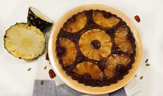 Пирог-перевёртыш с ананасом, кардамоном и бурбоном (Bourbon Pineapple Cake). Карамель с бурбоном, ПЕКАНОМ