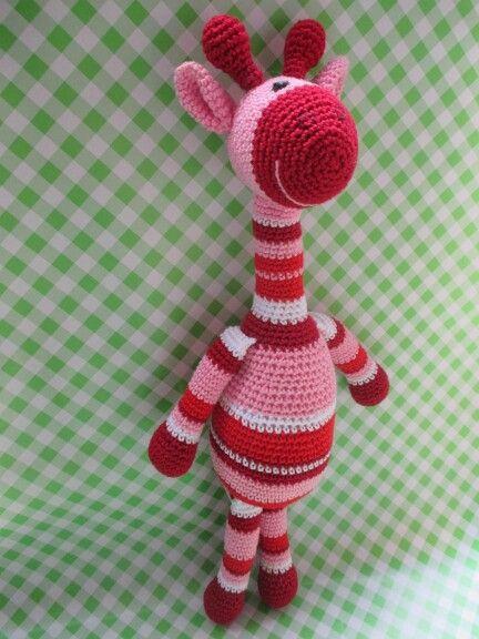 Gehaakte roze giraffe