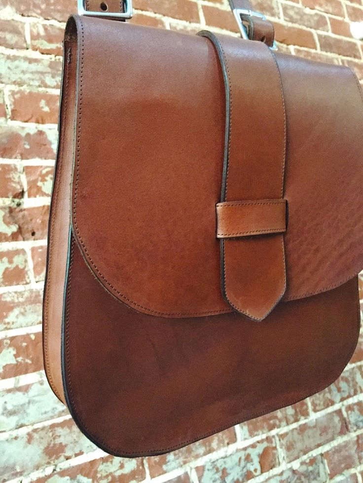 The 70's style Saddle Bag - whiskey leather by TheButcherByrd on Etsy https://www.etsy.com/au/listing/274328014/the-70s-style-saddle-bag-whiskey-leather
