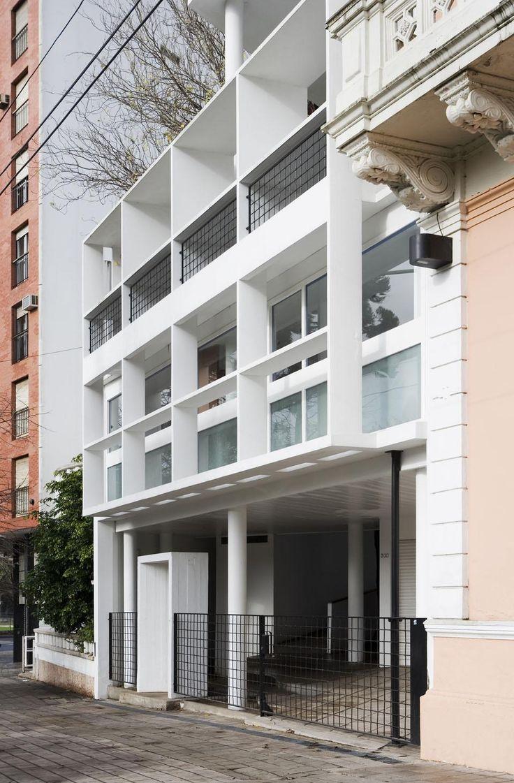 Exterior of the Maison du Docteur Curutchet in La Plata, Argentina, 1949; Le Corbusier.