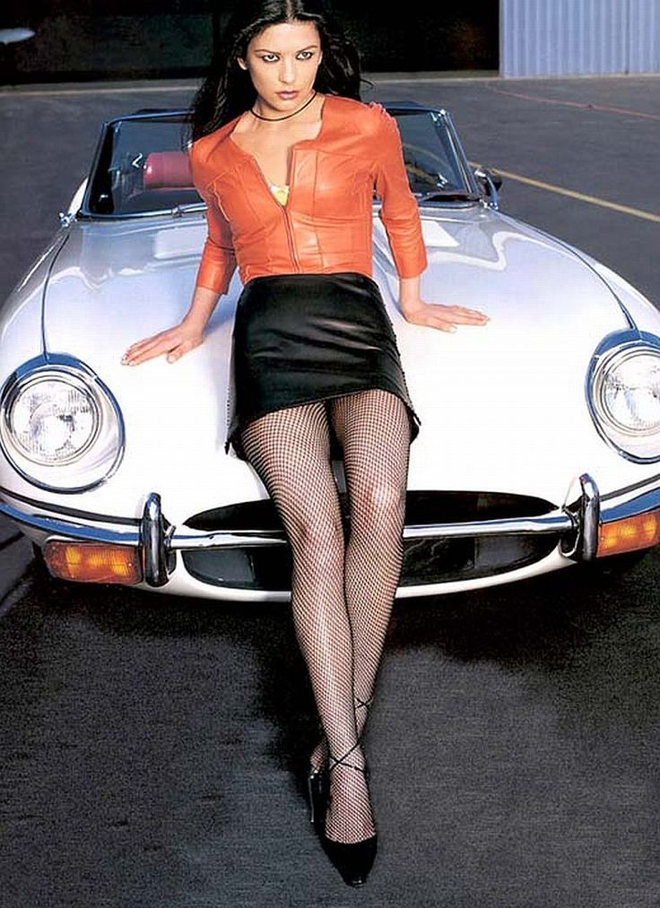 photo of Catherine Zeta-Jones Jaguar LL - car