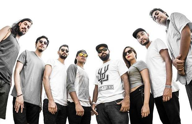 Tomando el rap como base, Juglares y Locos es una agrupación tapatía que comienza a ganar terreno en la escena musical independiente. El MC More, se hace acompañar de seis músicos y una voz femenina para vestir sus rimas y darle un toque distintivo al proyecto.