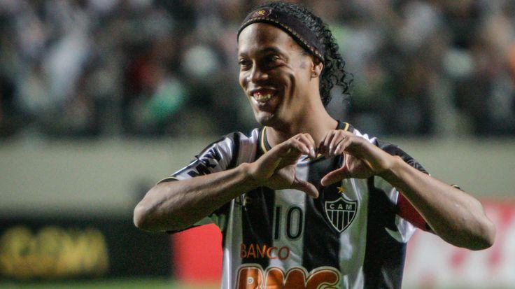 Grêmio ou Atlético-MG - Para quem Ronaldinho Gaúcho vai torcer na final da Copa do Brasil? - Goal.com