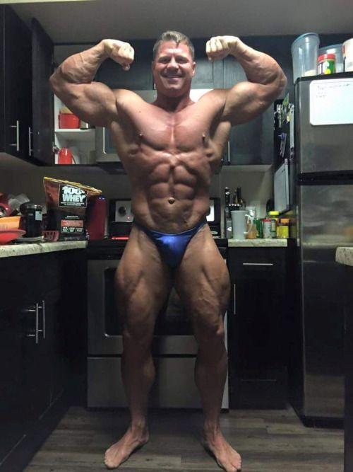 Looks Like David Riley Health Fitness Cat Biceps