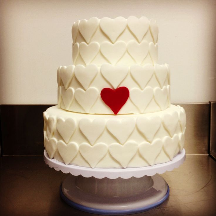Queen of Hearts Cake by Alana Rose Cakes
