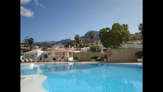 Wady Properties Offer For Sale Garden Apartment For Sale in San Eugenio Tenerife South  http://www.wadyproperties.com/property.php?id=be983c49-5162-4644-314a-3969460dee1e&lan=en