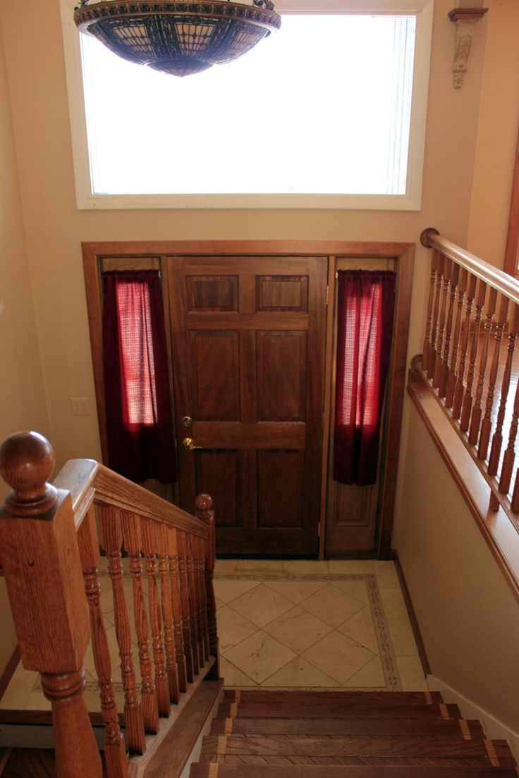 48 best split levels images on pinterest split level remodel before after a diy project packed split entry makeover i had one of these entries i sometimes stumbled over how to decorate it