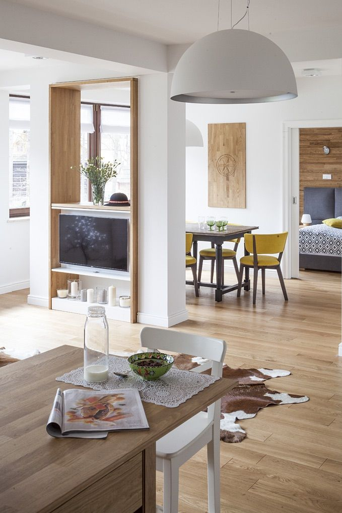 Living room #Zakopane #tryc #interiordesign #homedesign #interiors Foto: Marcin Czechowicz Stylizacja Marynia Moś Publikacja M jak mieszkanie