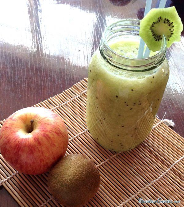 Batido de manzana y pera #Bebidas #Recetasfáciles #BebidasRefrescantes #BebidasSaludables #BebidasNaturales