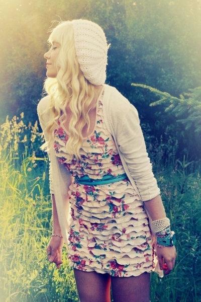 : Hats, Outfits, Dreams Closet, Clothing, So Cute, Cute Hair, The Dresses, Floral Dresses, Ruffles