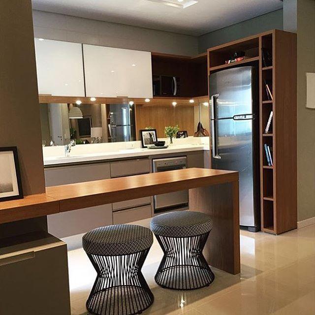 Cozinha compacta #kitchen #homedecor #interiordesign #apartamentodecorado #decoração #cuisine
