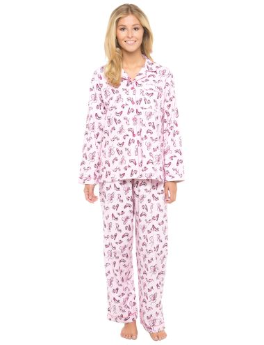 Made from 100% cotton, this brushed flannelette pyjama set has long-sleeves and is in a pretty shoes print.