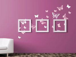 Wandtattoo Schmetterlinge in Kombination mit Bilderrahmen - kreative Idee für die Wandgestaltung mit bunten Wandtattoos #Wand #pink #rosa #weiß #Rahmen