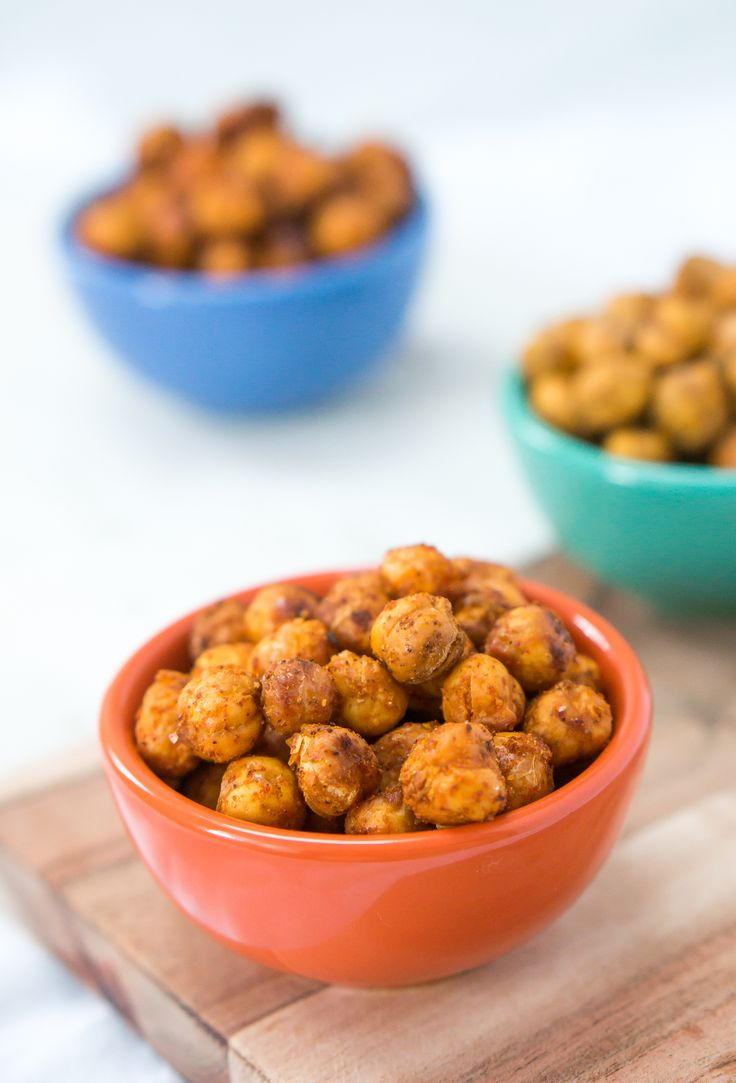 Super crispy roasted chickpeas with options for BBQ, za'atar and sweet chili seasonings...the perfect healthy, delicious snack to munch on all year long.