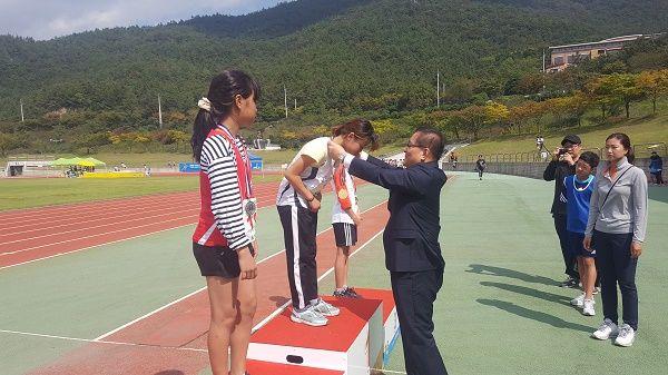 제26회 교육감기 학년별 육상 경기대회 우승
