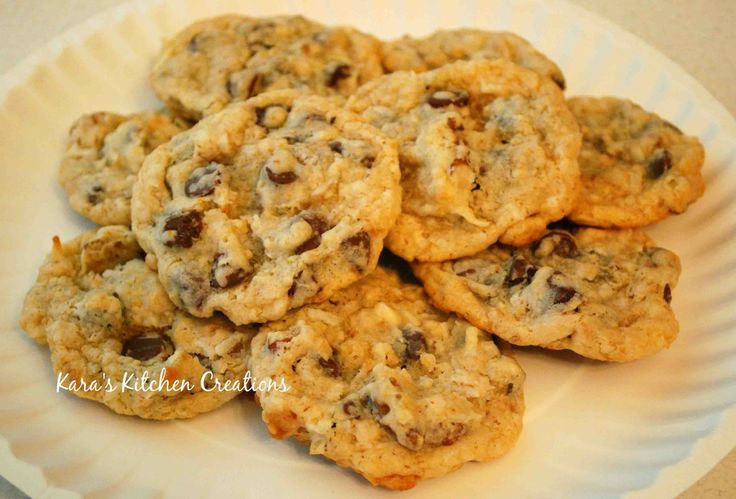 Coconut Chocolate Chip Cookies. Best cookies EVER! And that's saying a lotChocolate Chips, Best Cookies, Chocolates Chips Cookies, Chocolates Cookies, Chips Cookie'S Recipe, Chocolate Cookies, Chips Cookies Recipe, Chocolate Chip Cookies, Coconut Chocolates