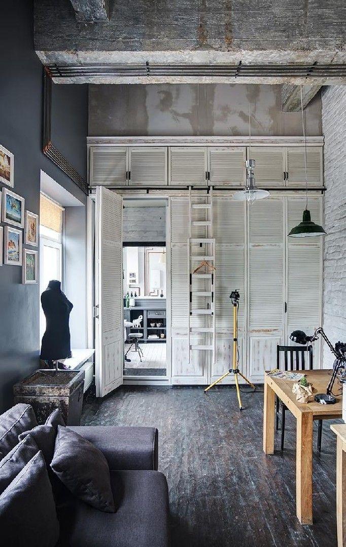 Крошечный лофт для молодого дизайнера в Одессе http://on.fb.me/1VM9r0U