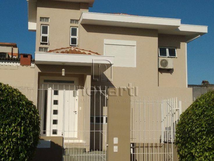 Excelente casa com 2 dormitórios sendo 2 suítes, 1 sala, 2 banheiros, sala de jantar. Ampla cozinha e área de serviço, hall de entrada. Com terreno para construir, 96,00 útil, 4 vagas. Aceita financiamento.
