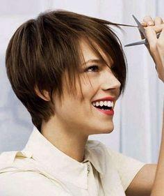 Pelos cortos tendencia 2015 - Fotos de los mejores cortes de pelo cortos para el próximo año 2015. Cortes bob, pixie, asimétricos, despuntados, con nucas rapadas...6t67tºº