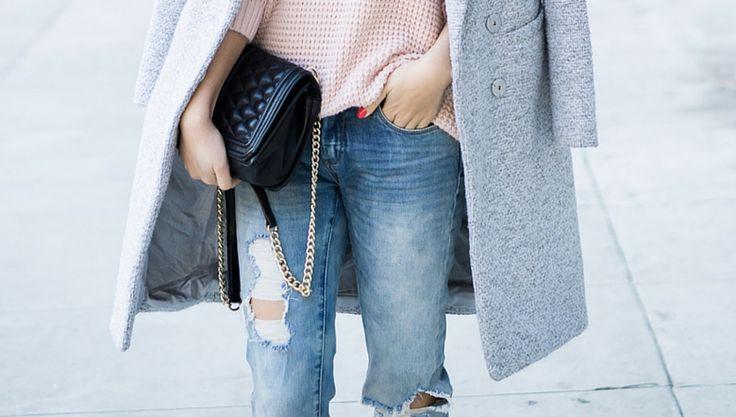 Мужские вещи с каждым годом занимают все больше места в нашем гардеробе. Белые рубашки, двубортные пиджаки, броги, а теперь — джинсы бойфренды. Что же носить зимой с этими дерзкими штанами?