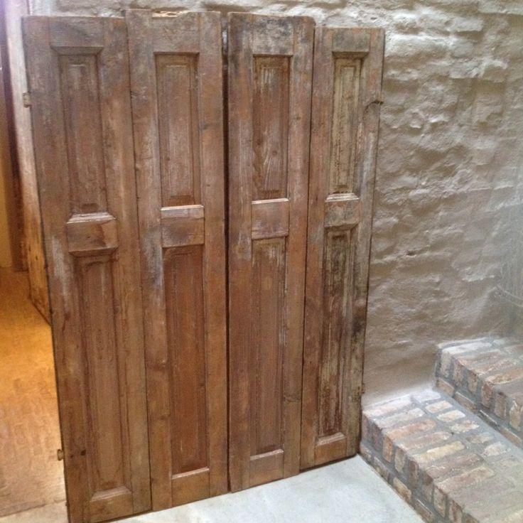 Oude houten luiken 4 luik