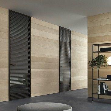 Design binnendeur van het Italiaanse high-end merk RIMADESIO. Nieuw in de collectie 2013 de glazen binnendeur EVEN -