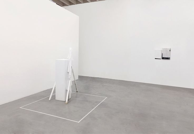 #francescodeprezzo  #deprezzo  #show  #contemporaryart #paint #exhibition #monza #italy #minimalmood #white  #canvas #milan #nullpaintings