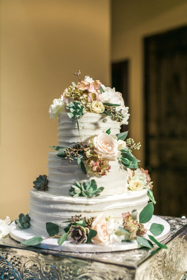 Wedding Cake with Succulents | photography by http://www.melissajill.com/