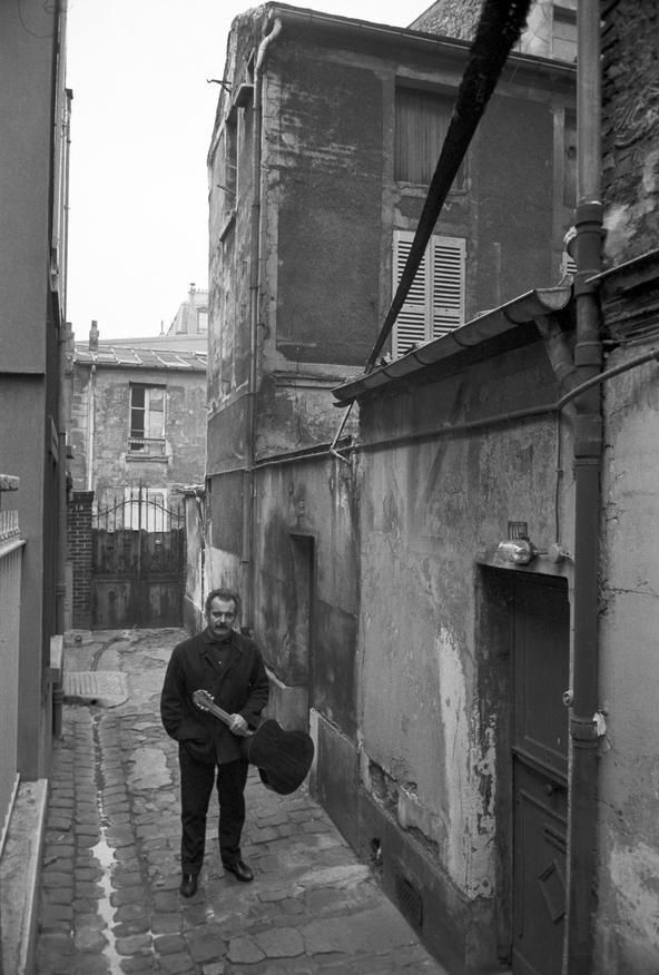 GEORGES BRASSENS, 1961 - La galerie photo ParisMatch.com