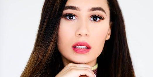 A YouTube star with 7.5 million followers explains how she makes money — and how the industry is changing  When 22-year-old Eva Gutowski first started making YouTube videos in college, she thought of it just as a way to help her broadcast journalism major.