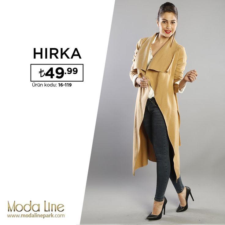 Şık ve modaya uygun bir görünümüyle kış sezonunun en hit parçalarından uzun hırka bayanların ilk tercihleri arasında olmaya devam ediyor..