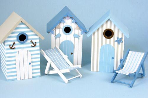 Beach Hut Bird House centrepiece
