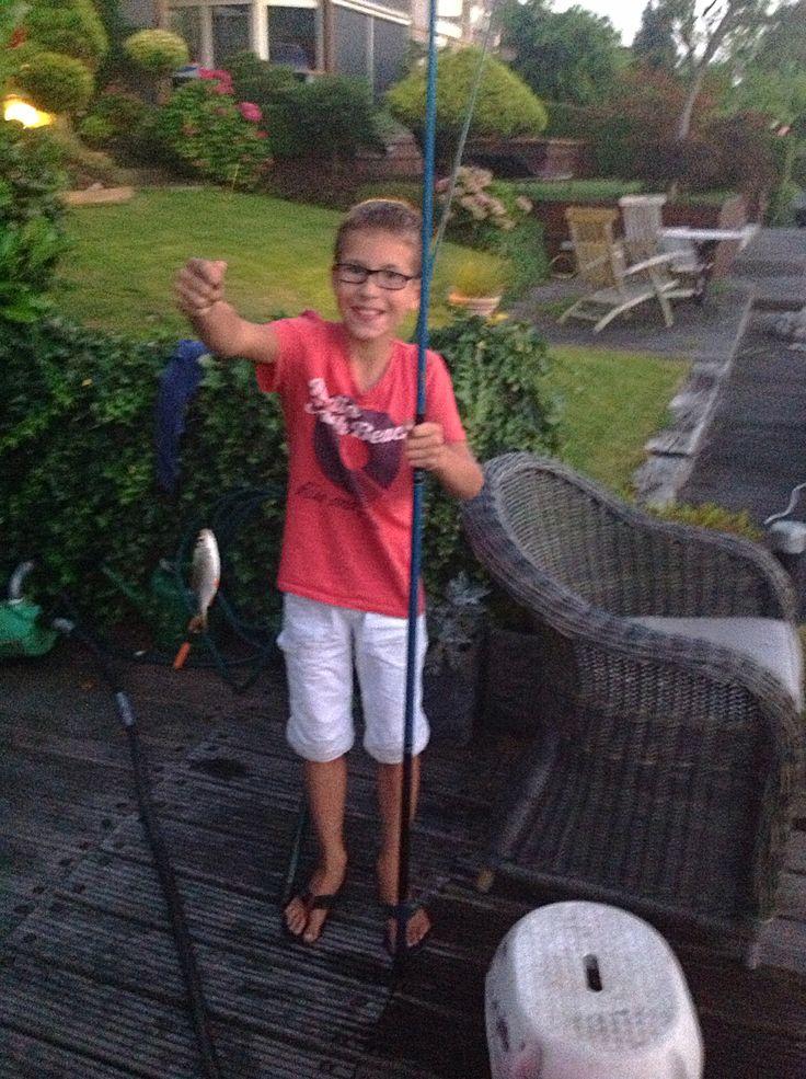 Voor de 1ste keer vissen en gelijk een wedstrijdje winnen van mamma TOP DJ