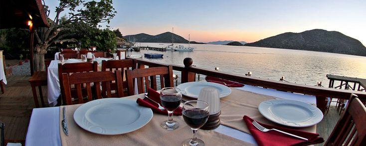 Im Veranda Hotel in Bozburun kann man einen herrlich entspannenden Urlaub genießen mit traumhaftem Blick auf die türkische Äegäis.