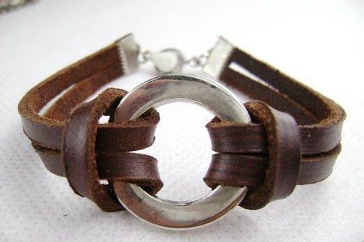 Cowhide leather metal beads bracelets