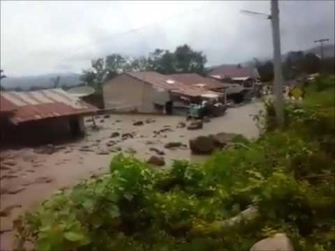 Apocalyptical lahar destroys 16 houses after eruption of Sinabung video - Strange Sounds