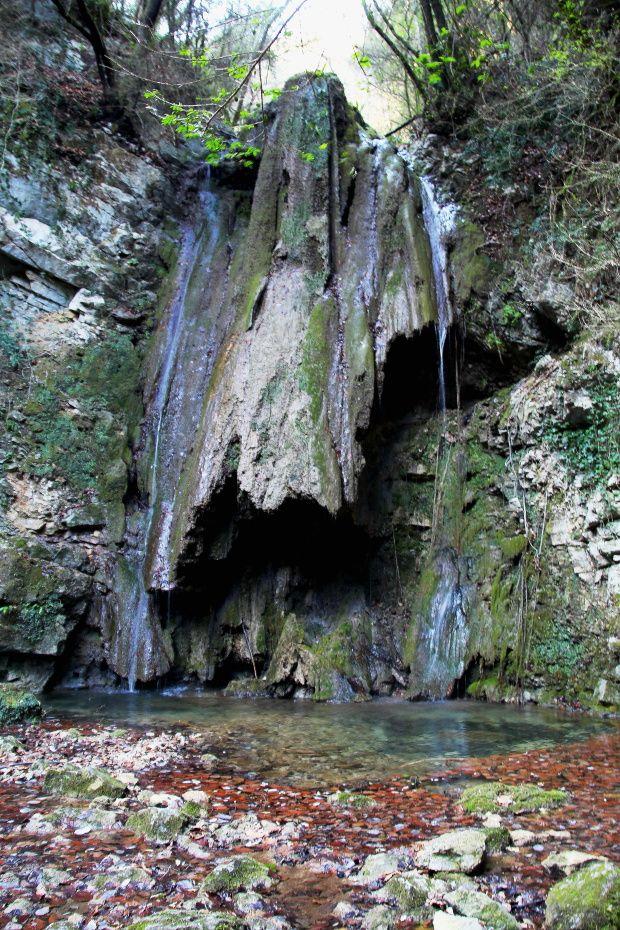 Rutas Mar & Mon: Ruta saltos de Agua en la Garrtoxa: Gorg de la Plana, Gorg del Molí dels Murris y Salt del Portugués.
