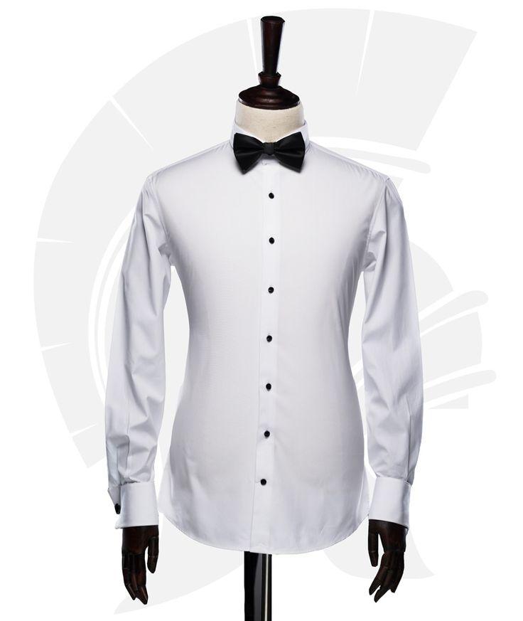 Camasa slim fit, de culoare alba, fara buzunare, cu nasturi cu cristale Swarovski, dintr-un material marca Albini, din 100% bumbac egiptean.  #madetomeasure #filipcezar #croitorie #costume #camasi